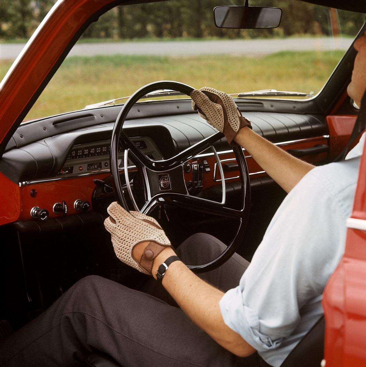 Volvo P1200 P120 Amazon 1956 1967: - 60 Jahre Volvo P120 Amazon: Vorbildlich Sicher Und